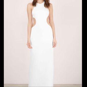 Tobi Cutout Maxi Dress In Ivory